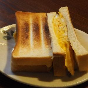 チーズオムレツサンド